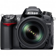 Nikon D7000 with 18-140 VR Lens