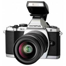 Olympus OM-DE-M5 With 18-55 Lens
